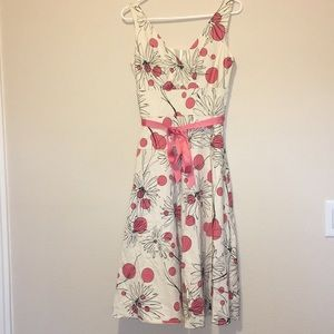 Cute gently used dress